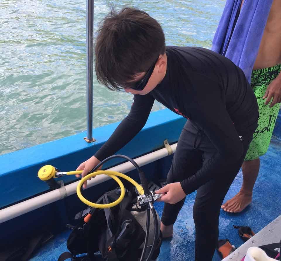 Thomas assembling the equipment